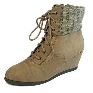 SO AUTHENTIC AMERICAN HERITAGE Wedge Ankle Boots